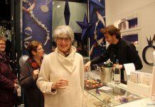 Boissons et buffets sont des attentions agréables qui vont retenir les clients dans votre magasin