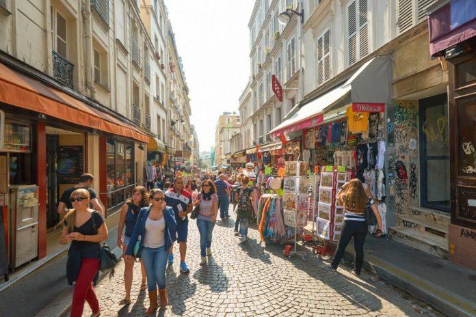 Les difficultés rencontrées par les commerçants des centres-villes en France